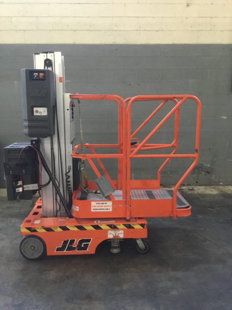 JLG 12SP Push Around Stock Picker Vertical Master Lift – CCR Industrial