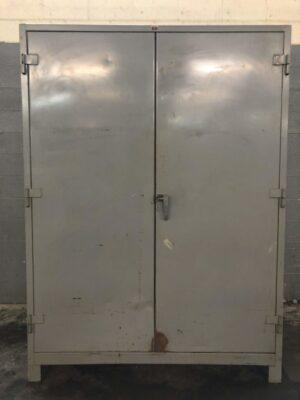 Bins / Cabinets